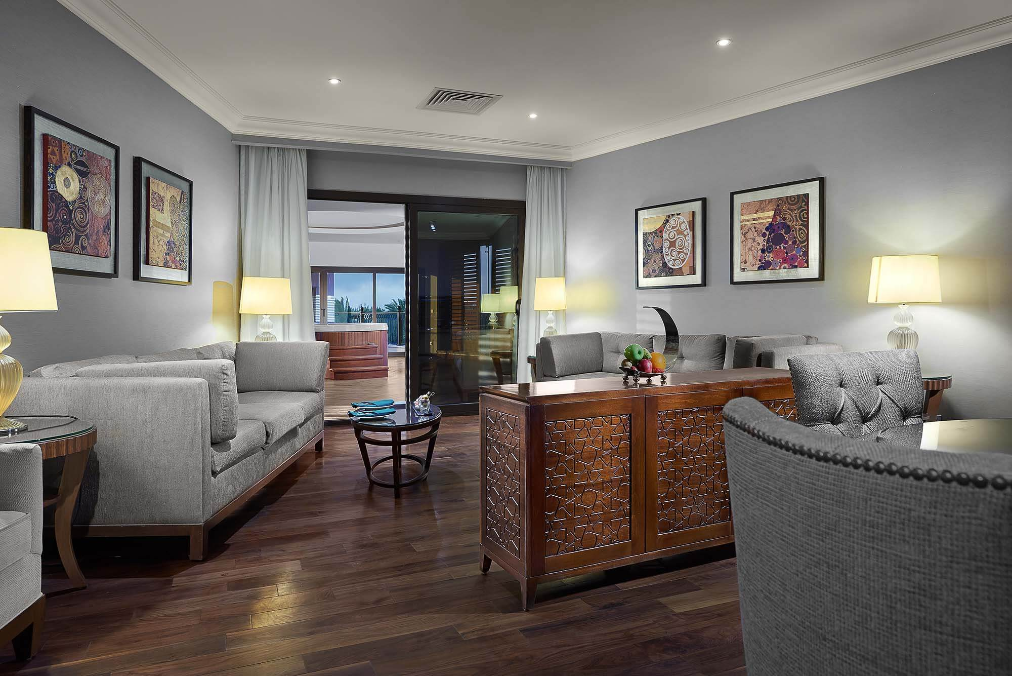 Royal suite, Hilton Alexandria King ranch